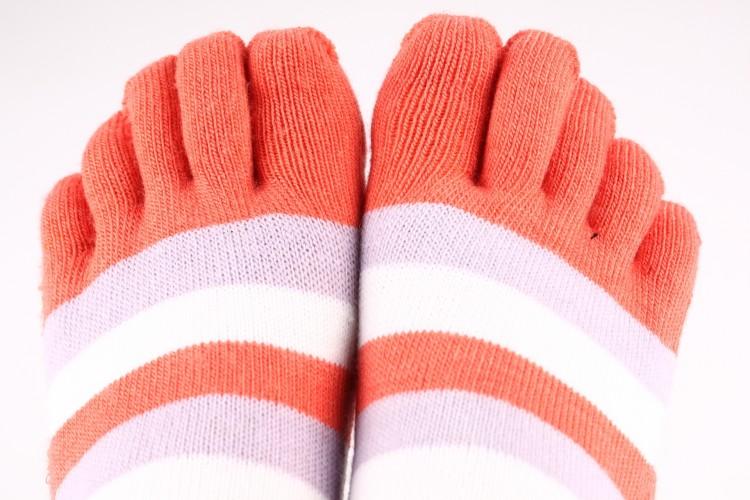 pruhované teplé dámské ponožky