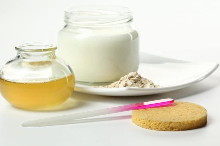 suroviny na přípravu domácí pleťové masky
