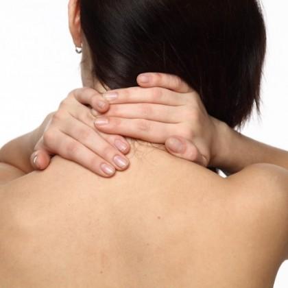 4 jednoduché ásany proti bolesti zad