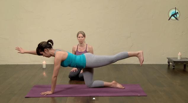 30 denní jóga výzva – 23. den – Tvarujeme zadeček