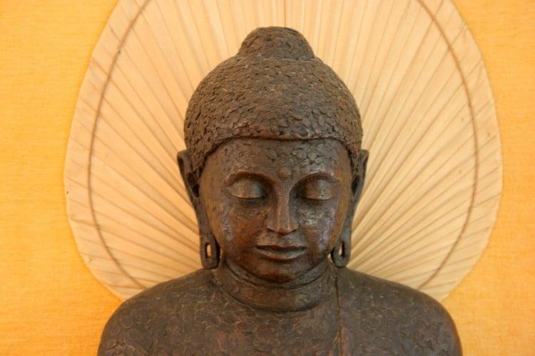 Fotografie indické kamenné sošky