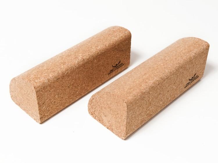 Tvarovaný blok na jógu z korku