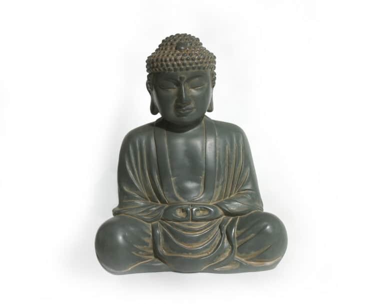 Indická soška meditujícího bůžka