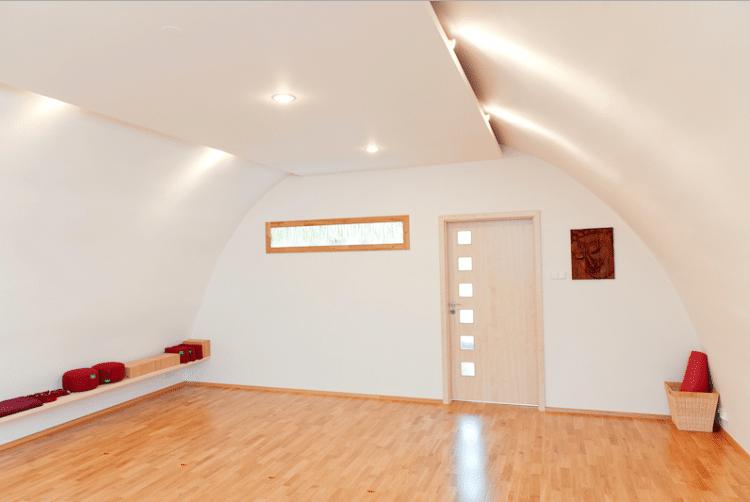 Interiér_studia_Yogacentrum_Praha_7