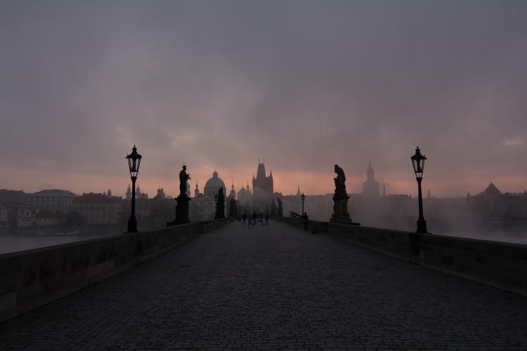 Karlův most brzy ráno