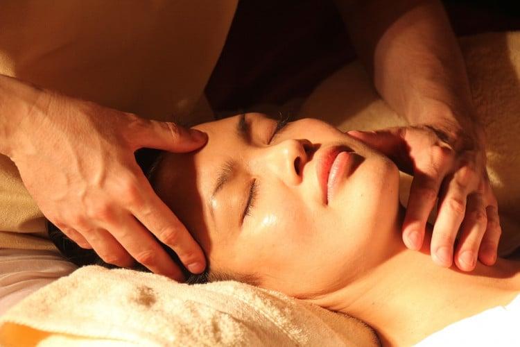 masáž