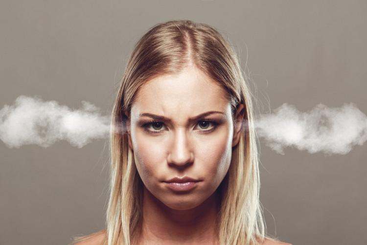 žena vztek